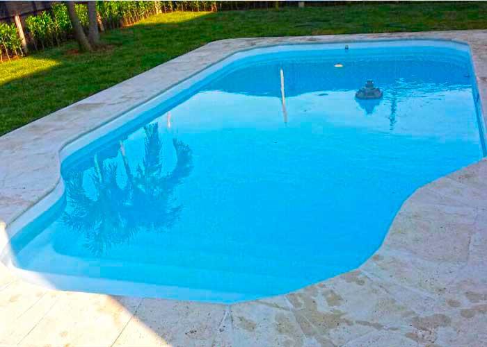 Piscinas en fibra de vidrio igui cali colombia for Fabrica de piscinas